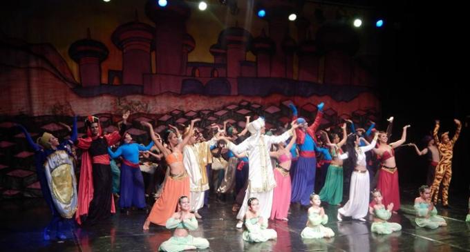 Espetáculo no Ceu São Rafael encanta crianças e adultos