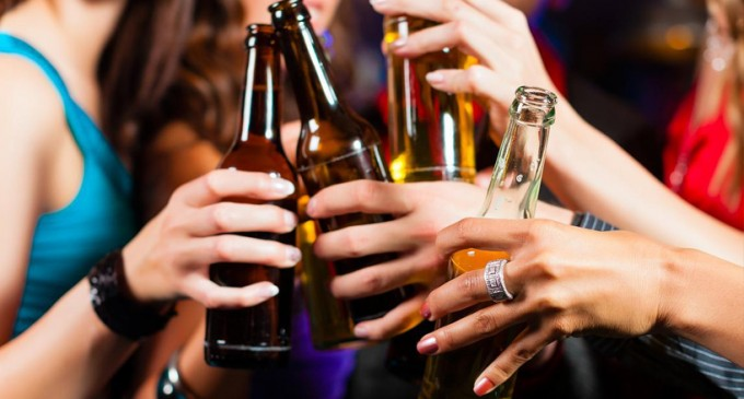 Venda de bebida alcoólica para menores de 18 anos será crime