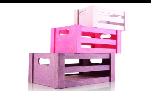 Como organizar brinquedos reciclando caixotes de madeira