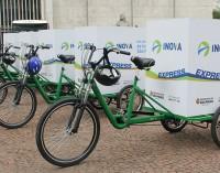 Secretaria e Amlurb adotam bicicletas, triciclos e  motos para agilizar coleta da varrição