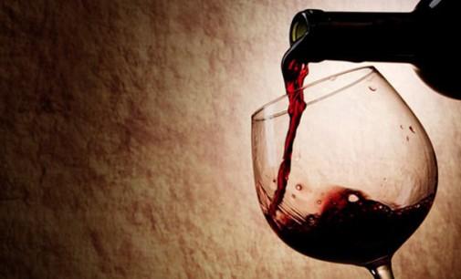 Uma taça de vinho equivale a 30 minutos de atividade física