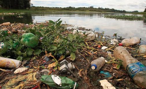 Destinação inadequada de resíduos é uma das principais causas do aumento do número de rios poluídos no Brasil