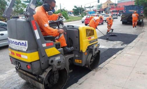 Avenida Sapopemba recebe serviços de tapa buraco