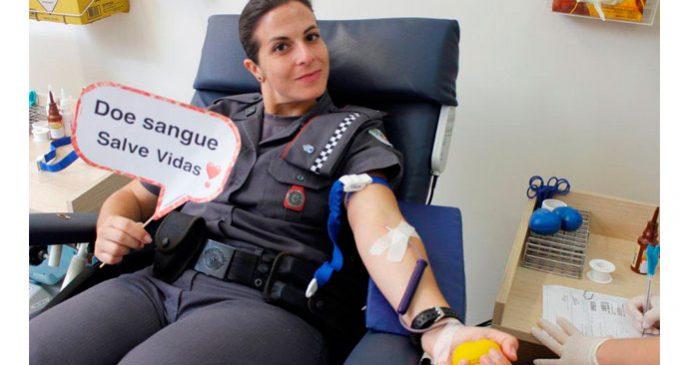 Polícia Militar faz campanha para doar sangue