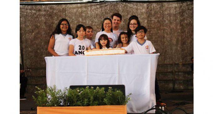 Escola Caritas comemora seu 20º aniversário